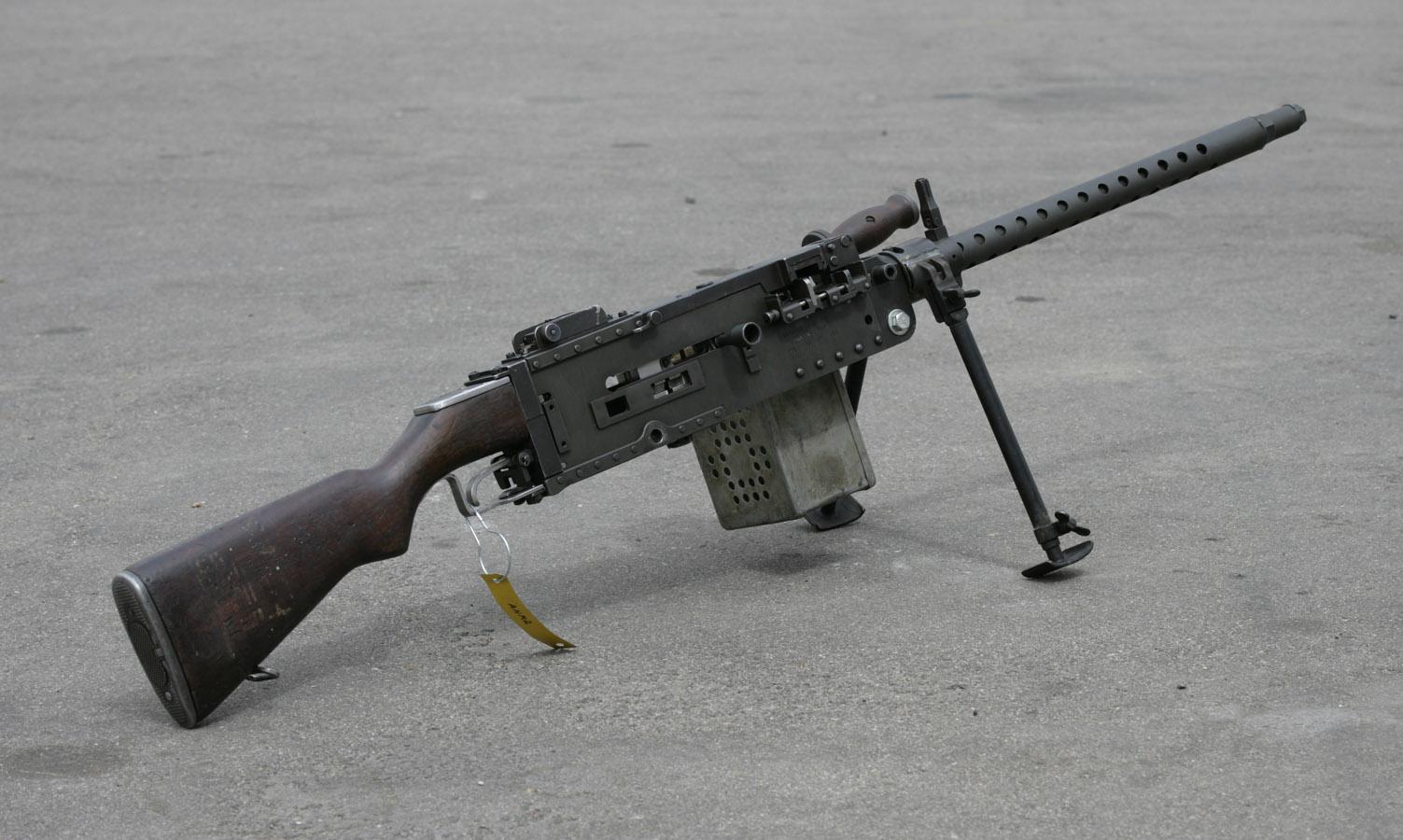 stinger light machine gun