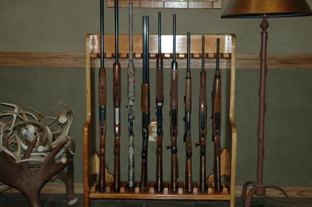 gun and bow cabinet plans