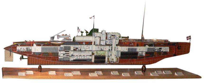 museemarine-surcouf-fnfl-p1000460