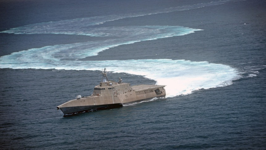 The littoral combat ship USS Independence (LCS 2) demonstrates its maneuvering capabilities in the Pacific Ocean off the coast of San Diego. (U.S. Navy photo by Mass Communication Specialist 2nd Class Daniel M. Young/Released)