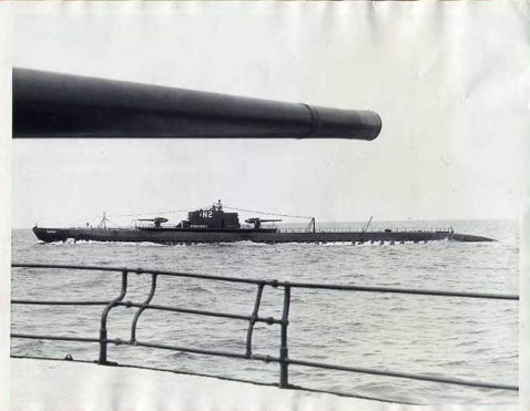 To get a feel for how big these guns were, here we see the Nautilus (SS-168) photographed from her sister ship, the Narwhal (SS-167).  Photo credit; Navsource.