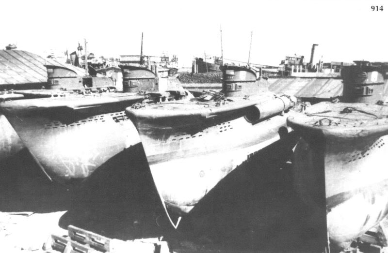 Constanza, September 1944. These four CB were used by the Soviets after the war with the initials TM 4-7 for experiments and training