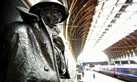 Letter to an unknown soldier, Paddington station.