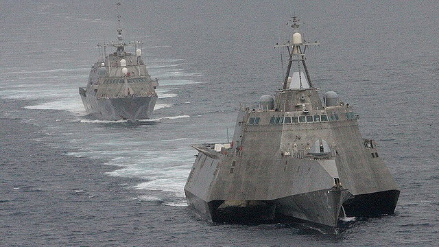 The USS Independence of the General Dynamics Independence Class and USS Freedom of the Lockheed Martin Freedom Class littoral combat ships. U.S. Navy photo by Lt. Jan Shultis
