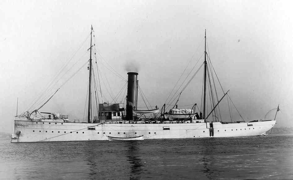 USRC Gresham;705.  U.S.S. Gresham 1902; photo by A. Loeffler, Tompkinsville, N.Y.