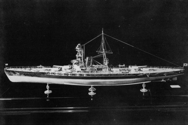 Model of Battleship Kaga as she would have appeared.