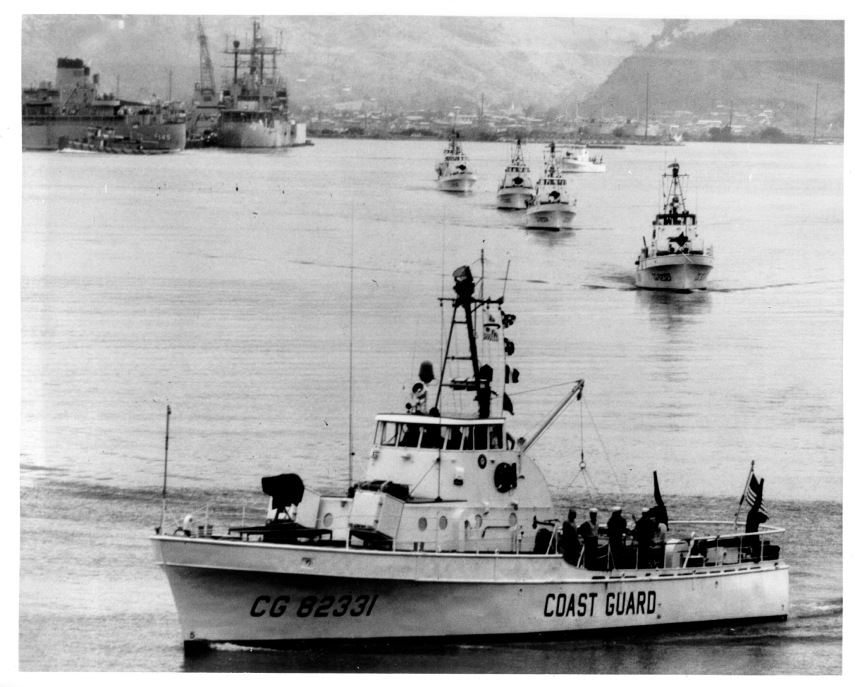 Point Class Cutters of USCG Squadron ONE stand out of Subic Bay in July 1965 for duty in Vietnamese littoral waters as part of Operation Market Time [2080x1662]