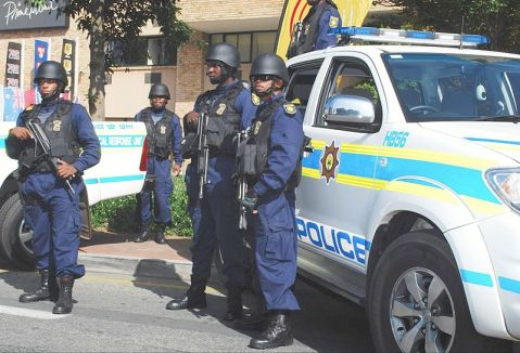 800px-South_african_police_may_2010