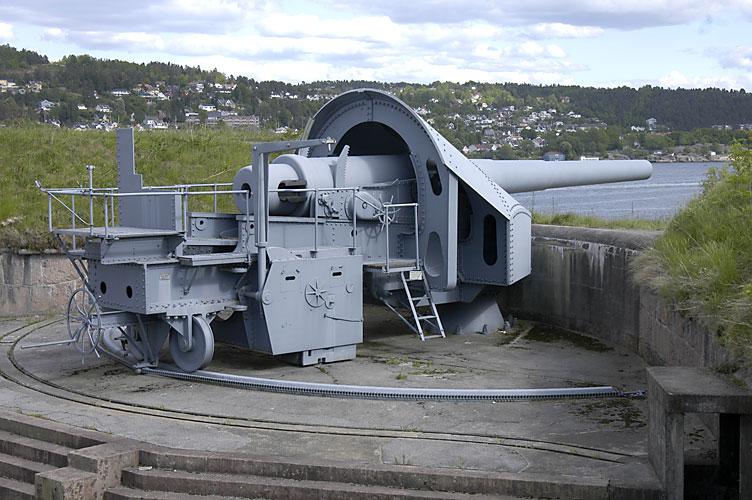 28_cm_gun_at_Oscarsborg_Fortress