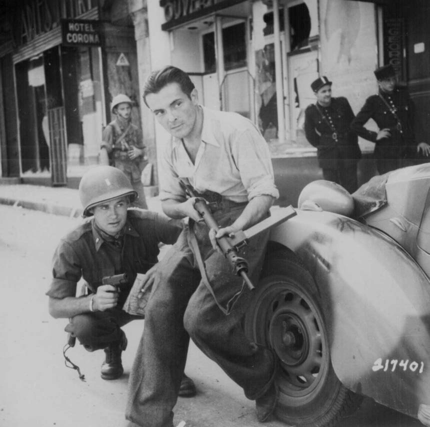 Parisian partisan with his STEN helping liberate the City of Light in 1944