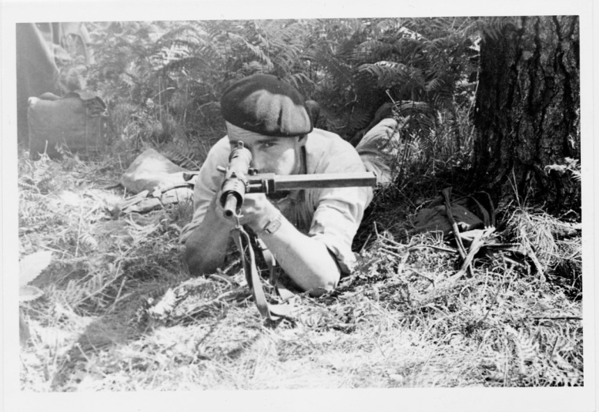 Resistant of the Finistère region armed with a British Sten, 1944