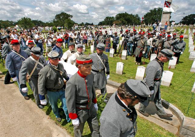 Internment at Magnolia Cemetery, Mobile. Via AL.com