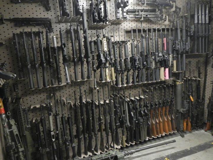 June 2015 laststandonzombieisland for Gun vault room