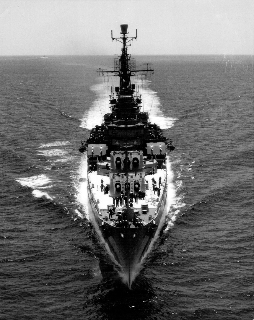 USS Saint Paul off Yokosuka, Japan, 21 May 1966. Click to big up