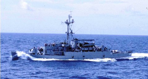 USS Ruchamkin (APD-89) coming along side USS Rigel (AF-58) to receive stores, during Operation Steel Pike I, October 1964. Photo by Jim McCoy navsource