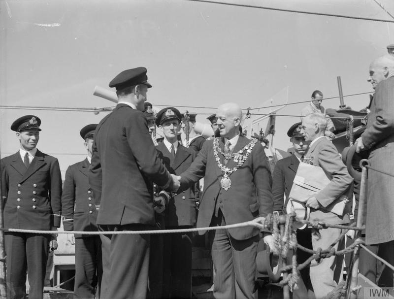 THE MAYOR OF KIDDERMINISTER, ALDERMAN O W DAVIES, VISITS HMS VANSITTART - THE TOWN'S ADOPTED SHIP. 11 JUNE 1942 IWM photo A 10786