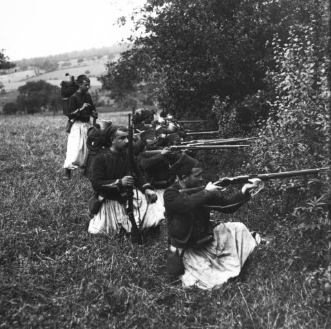 French colonial Zouaves on maneuvers with M1886 Lebel rifles, in 1909