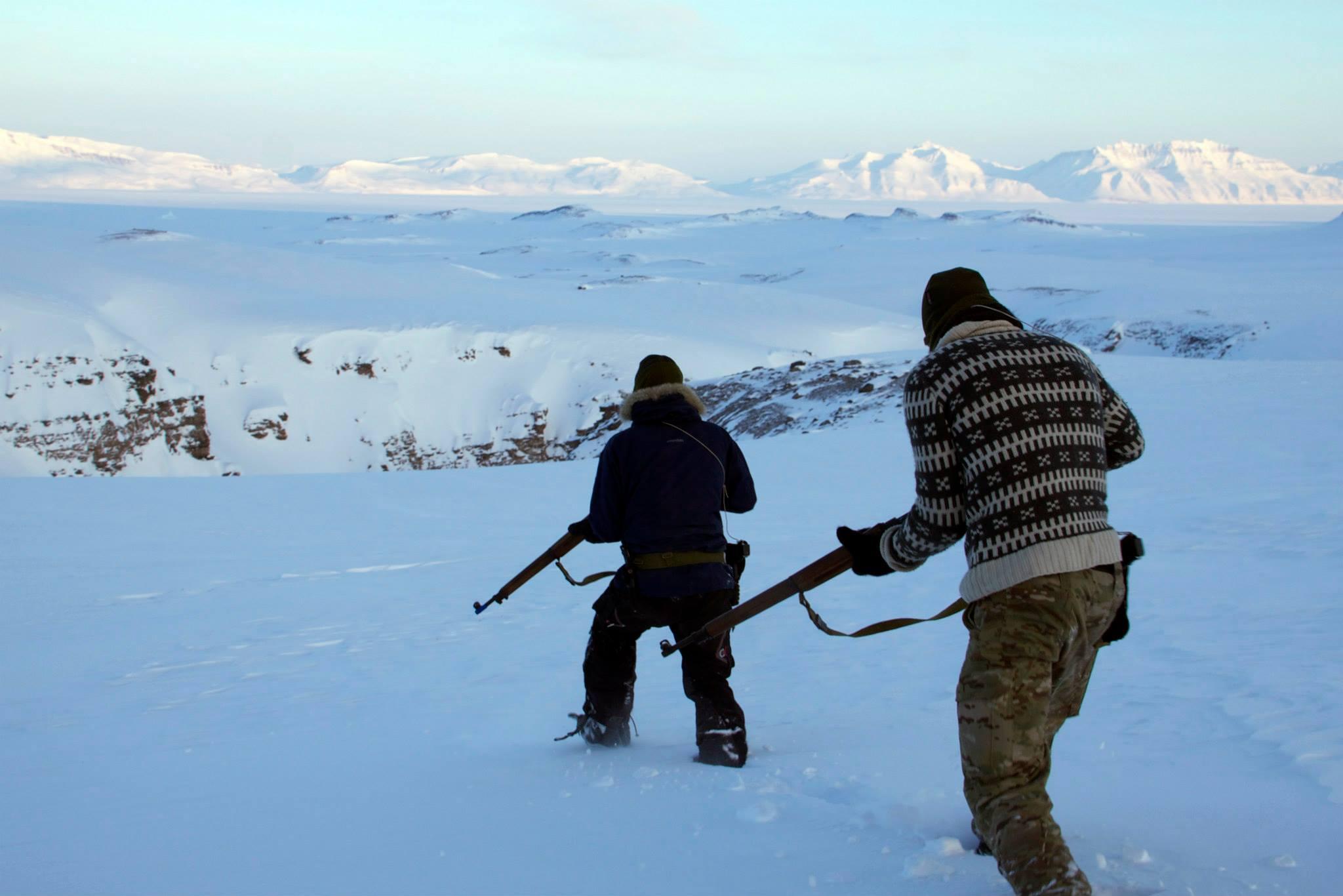 Candidates for Slædepatruljen Sirius learn to hunt near Mestersvig, Greenland. [2048x1366]