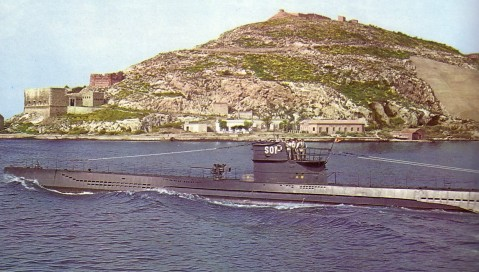 Submarino S-01 leaving harbor, 1962. She looks remarkably like a Type VIIC U-boat. Hey, wait a minute...