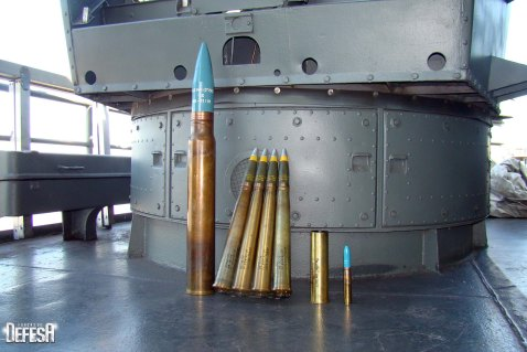 Her current fodder of 76mm and 40mm rounds. Her crew still drills with both and her WWII-era Mk 22, other than on some ships of the Thai and Philippine navies, is the last in functional use on a warship