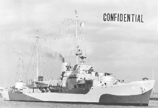 USS Ingham, CG (WAGC-35)U.S. Navy Yard, S.C. . .U.S.S. INGHAM, (W 35), Starboard BowPhoto No. 2878-44 11 October 1944