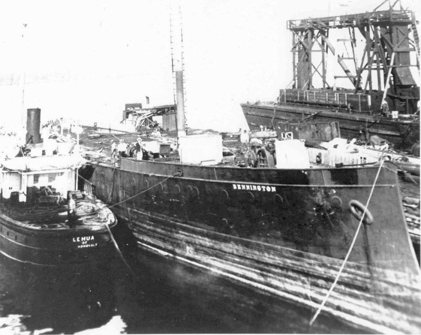 The barge Bennington at Honolulu. U.S. Navy photo Honolulu 1912 - 1924 via Navsource.