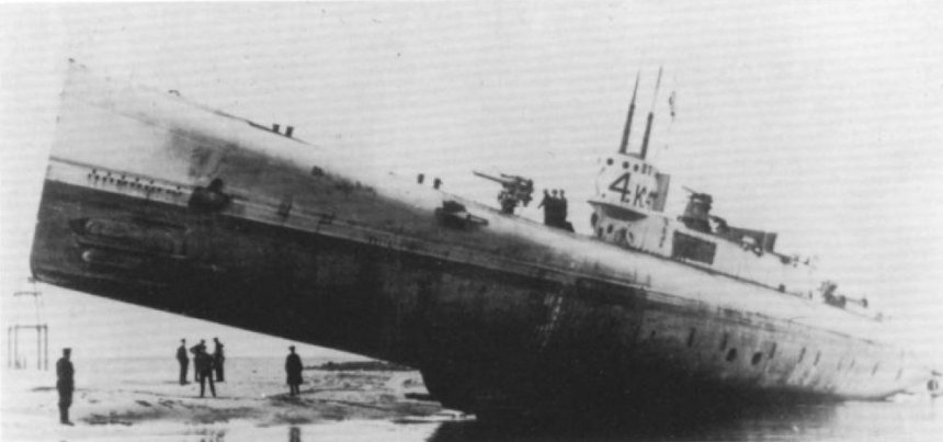 K4 ran aground on Walney Island in January 1917 and remained stranded there for some time. There are several images in circulation of this curious sight