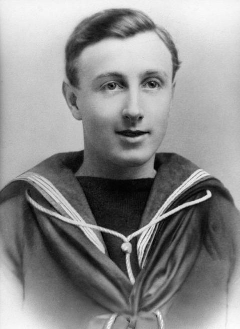 Able Seaman (Signalman) William George Waterman Tyneside Z/4464. Royal Naval Volunteer Reserve, one of the 737 men lost on HMS Hampshire. IWM image