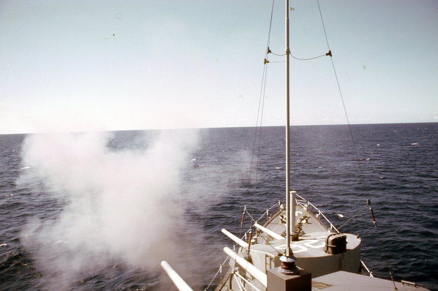Gunfire Mission in Vietnam 1969 – by Ltjg Richard Crowe via ussagerholm.org