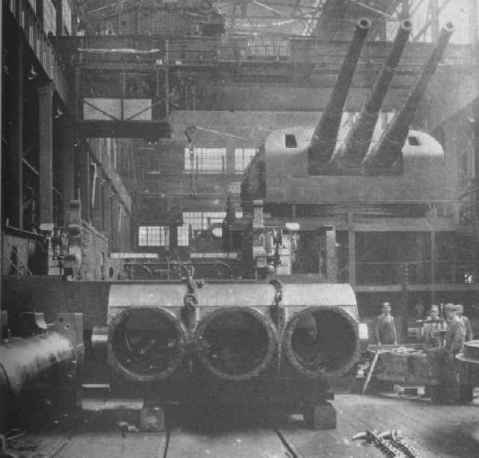 Mark 9 turrets and guns intended for USS Louisville CA-28 under construction at the Washington Navy Yard via navweaps