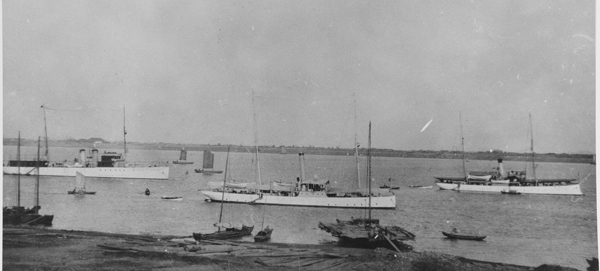 Some of the ships of the U.S. Navy's Yangtze River Patrol at Hangchow during the 1920s, with several local junks and sampans also present. U.S. Navy ships are (from left to right): USS Isabel (PY-10); USS Villalobos (PG-42); and USS Elcano (PG-38). Courtesy of Donald M. McPherson, 1969. U.S. Naval History and Heritage Command Photograph. Catalog #: NH 67127
