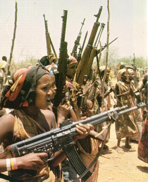 One of the more famous photos of the Ogaden war, this picture shows a female WSLF fighter with a WWII StG-44 assault rifle