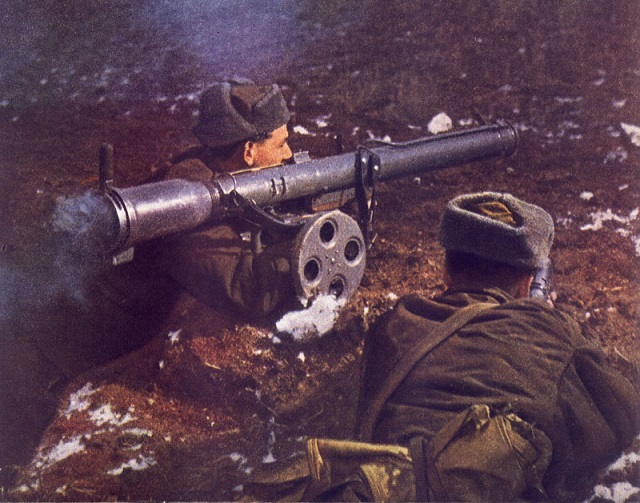 Czechoslovak People's Army troops aim a locally sourced Skoda Tarasnice-21 recoiless rifle. An 82mm design similar to the Swedish Carl G 84, it was only used by the Czechs, East Germany and Albanians.