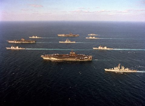 Ten ships of Task Force 155 gather during Operation Desert Storm saratoga jfk america 60 66 67