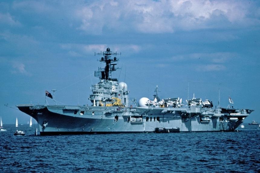 HMAS MELBOURNE SPITHEAD REVIEW JULY 77