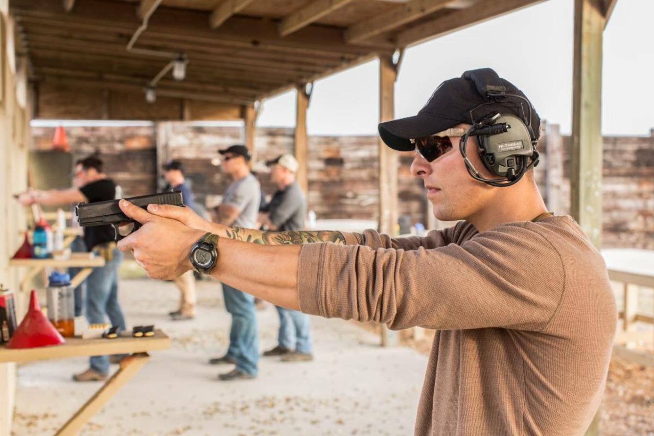 Marine Raiders conducting vehicle and weapons training glock 19