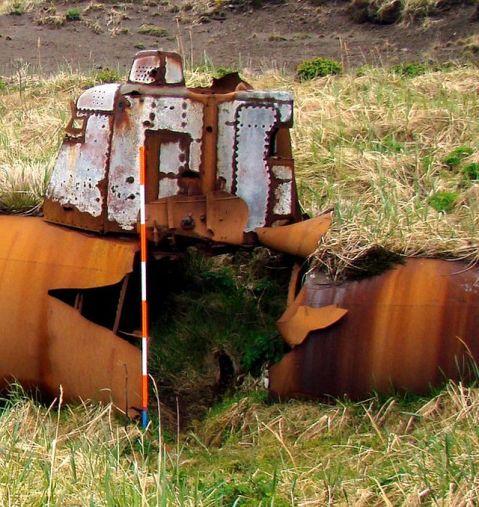 japanese-abandoned-midget-submarine-kiska-island-9