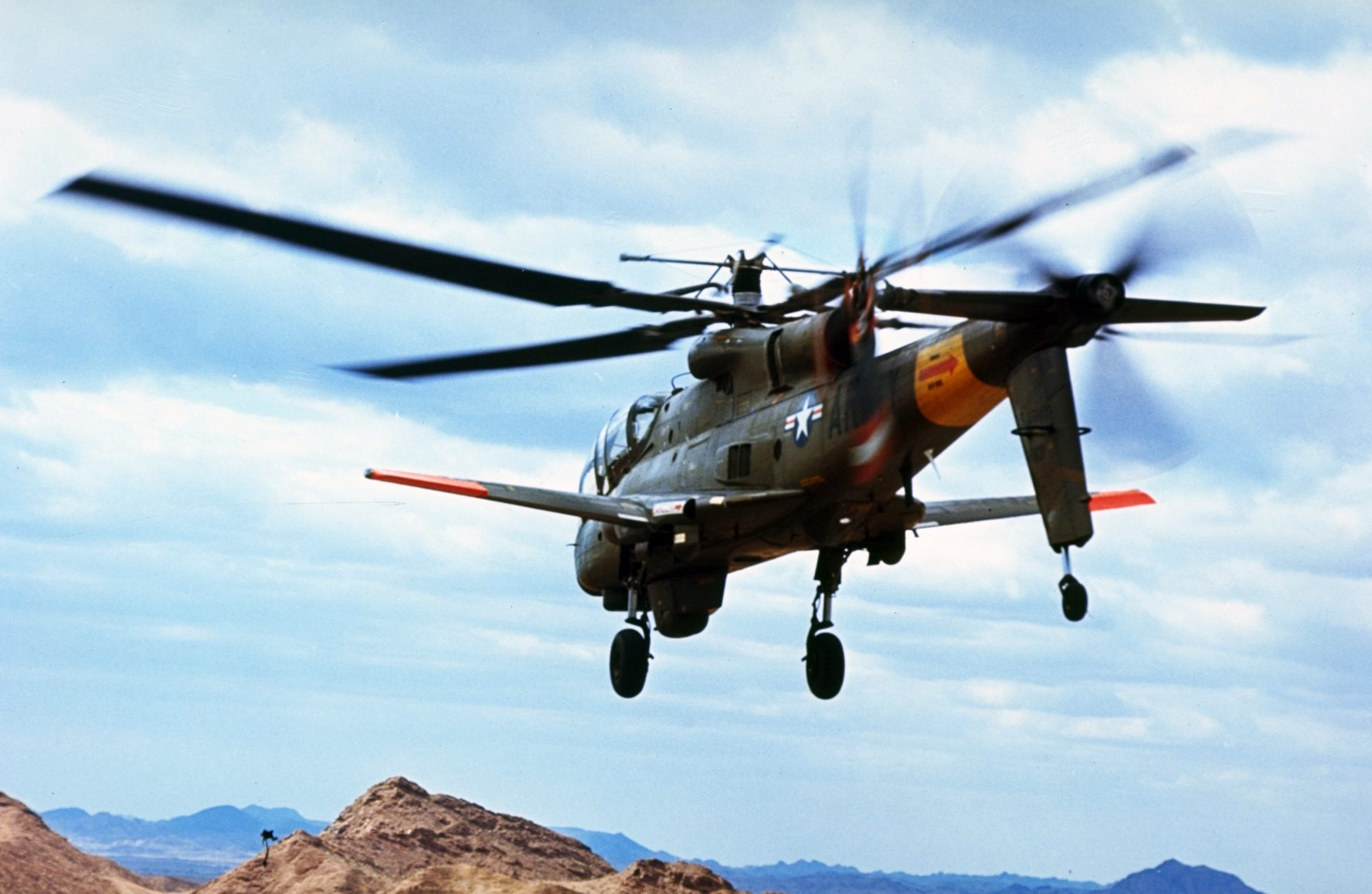 Lockheed AH-56 Cheyenne helicopter gunship featured a four ...