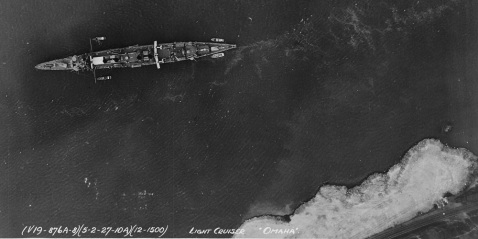 Great overhead shot. Anchored in the Hudson River, near New York City, 2 May 1927. Catalog #: NH 43059