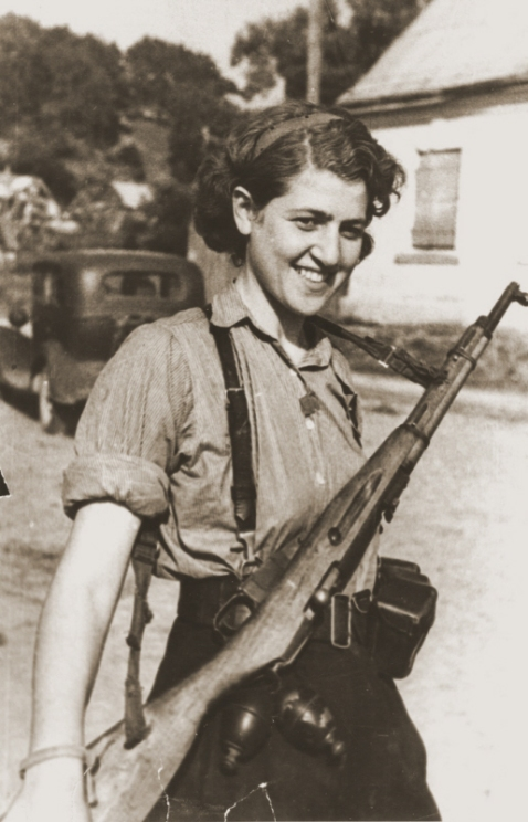 Portrait of female partisan, Sara Ginaite at the liberation of Vilna, 10 August 1944