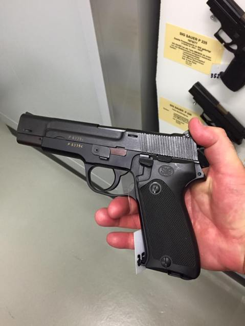 pre production sig sauer p-220 prototype P220 note slide larry vickers note old school grips