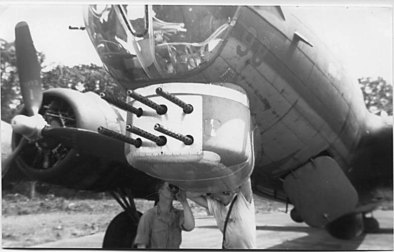West End, tail number 42-31435 SU-S experimental six gun m2 turret s