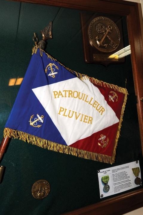La Médaille du Tonkin on corvette pluiver