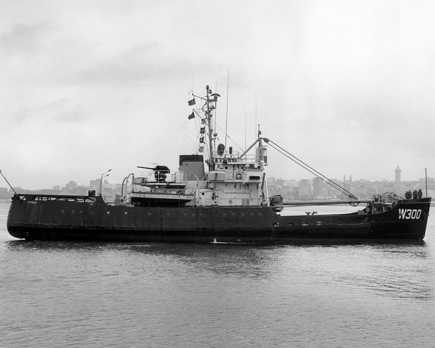 "Seattle 1964, note her 3""/50 aft of her stack in canvas"