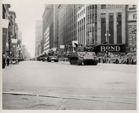 sherman-tanks-detriot-july-28-1951-detroits-250th-birthday-festival