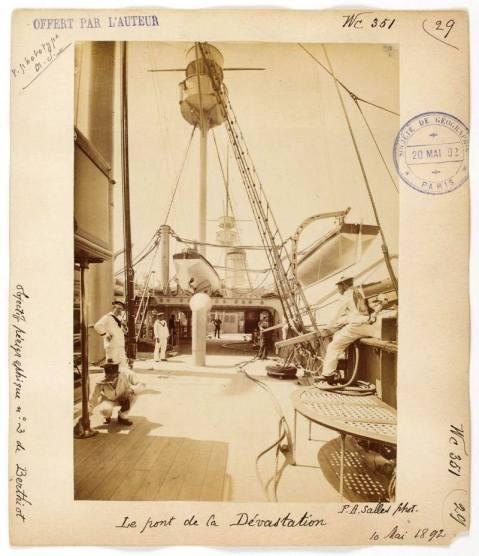 old-postcards-of-the-battleship-devstation-note-mast