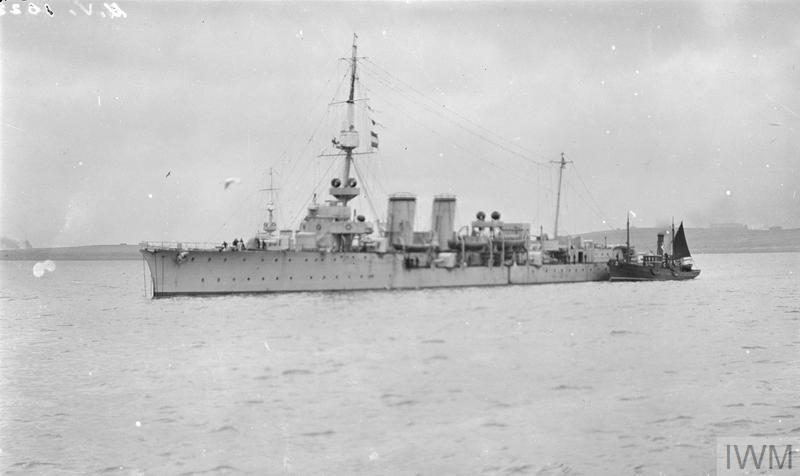 photograph (Q 23290) British Cambrian C-class light cruiser possibly HMS CONSTANCE. Copyright: © IWM. Original Source: http://www.iwm.org.uk/collections/item/object/205263753