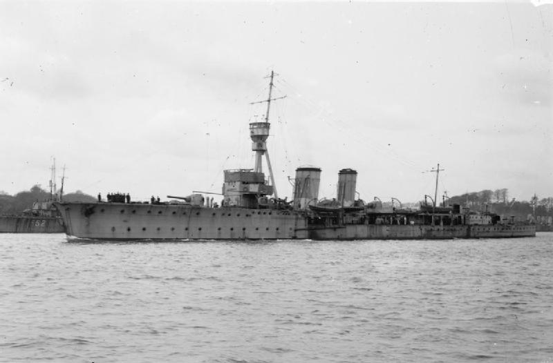 HMS CONSTANCE leaving Devonport for the East Indies, March 1919. IWM SP 579