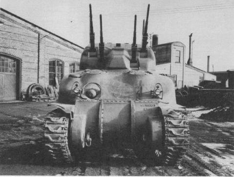 """""""Tank AA, 20 mm Quad,"""" better known as the Skink was Canadian self-propelled anti-aircraft gun, developed in 1943-44 fully enclosed mounting on the chassis of the Grizzly Canadian-built M4A1 Sherman"""