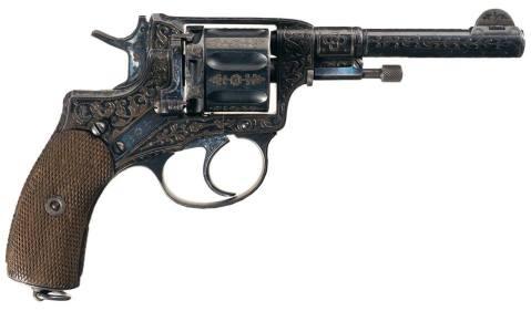 1912-tula-nagant-revolver-engraved